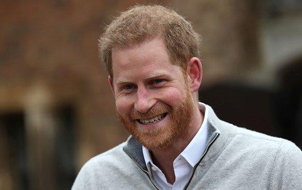 У принца Гарри и Меган родился сын. На фото принц Гарри