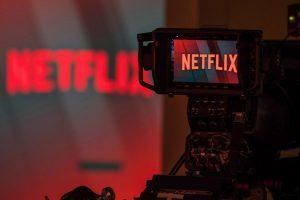 Судья в Бразилии запретил Netflix показывать фильм с геем Иисусом. На фотографии логотип Netflix
